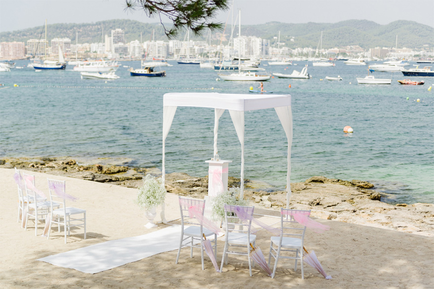 Symbolic ceremony package in Ibiza by Ibiza Wedding Shop - Win Your Dream Wedding 2018