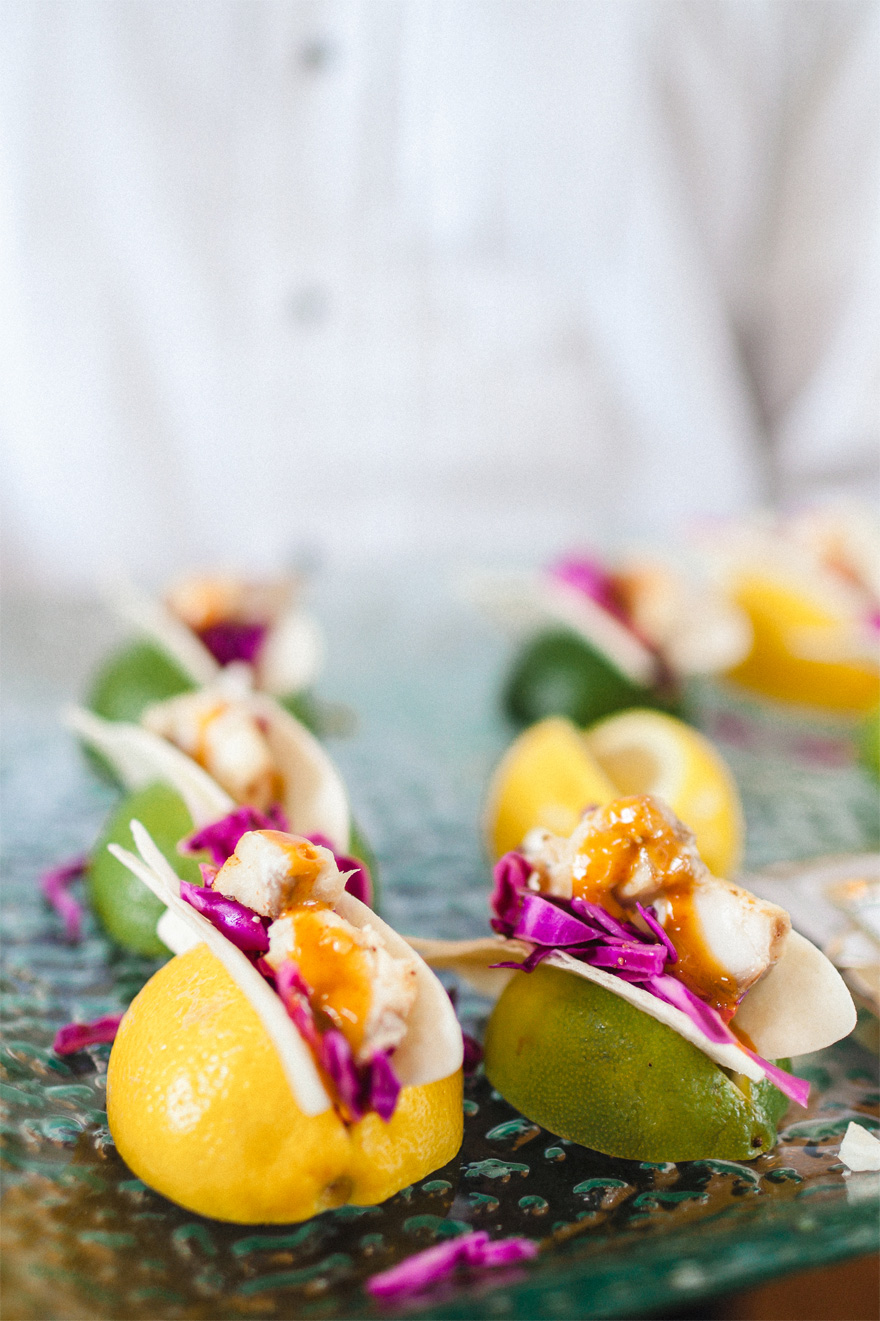 Mini Tacos from Lauren and Jeff's Springtime Showers Real Wedding in East Tennessee via Bradford Events | Confetti.co.uk
