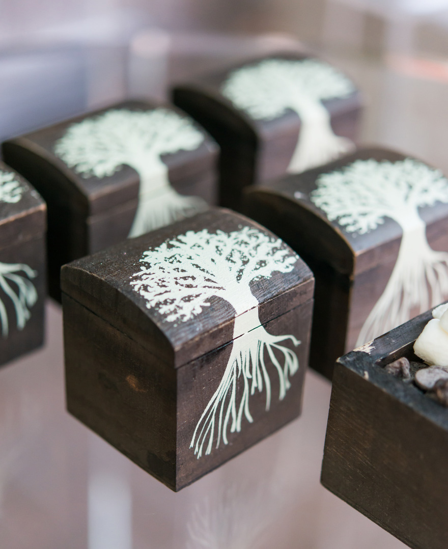Mini Wooden Box with Lid - Exclusive Tree Design - Woodland Wedding Favour Boxes - Tree Design Favour Boxes | Confetti.co.uk