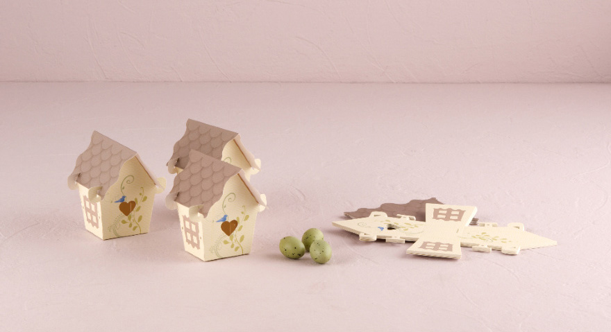 Small Bird House Wedding Favours - Cute Wedding Favour Boxes | Confetti.co.uk