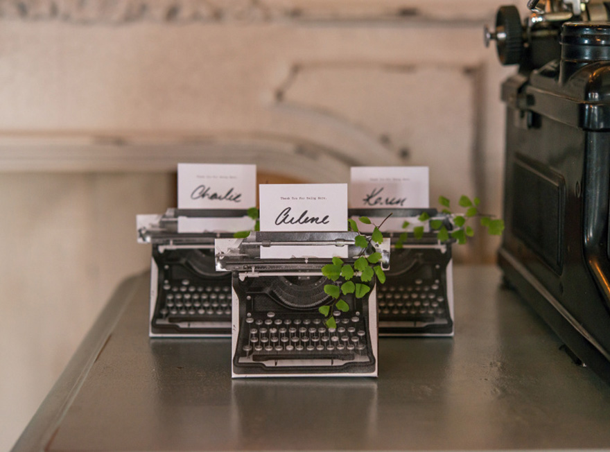 Vintage Inspired Typewriter Favour Box Kit - Vintage Favour Boxes | Confetti.co.uk