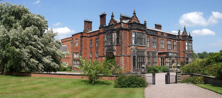 Arley Hall Victorian Elizabethan-Style Country House Wedding Venue in Cheshire - Stunning Cheshire Wedding Venues | Confetti.co.uk