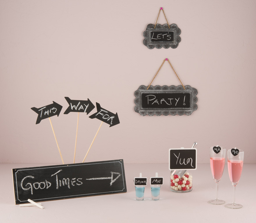 Chalk Board Wedding Signs - Black Board Wedding Signs - Wedding Sign Ideas | Confetti.co.uk