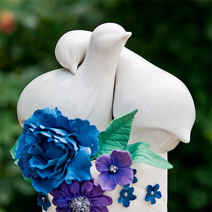 Contemporary Love Birds Cake Topper - Blue and White Floral Wedding Cake | Confetti.co.uk