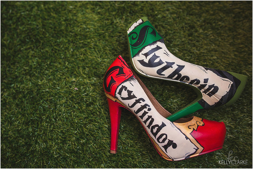 Gryffindor and Slytherin Harry Potter Themed Wedding Shoes - Customised Harry Potter Heels - Kelly Clarke Photography | Confetti.co.uk