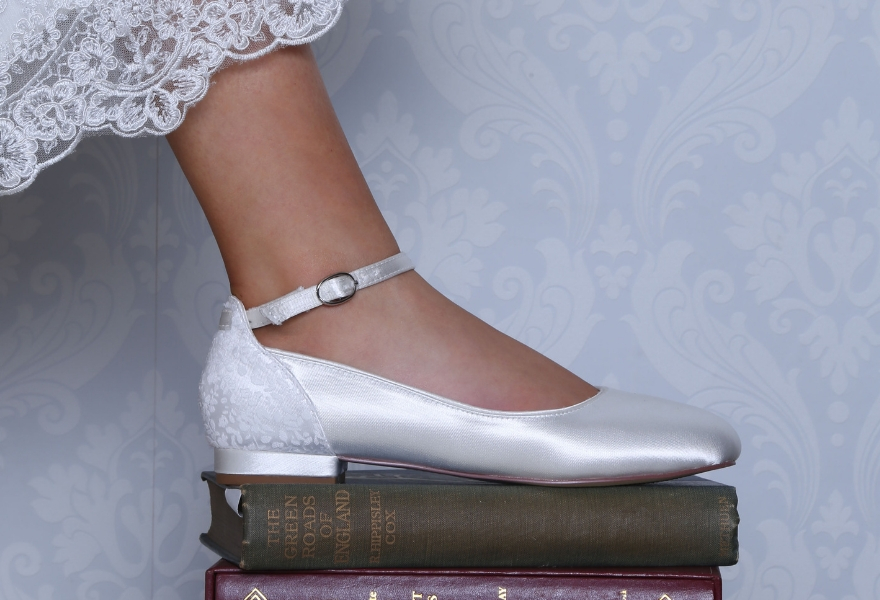 Cleo Flat wedding shoe