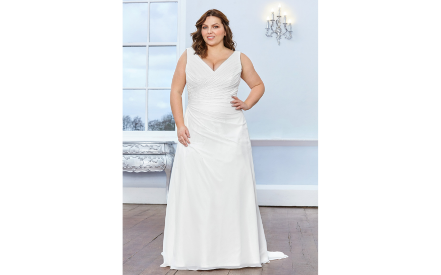 simple wedding dress for curvy brides