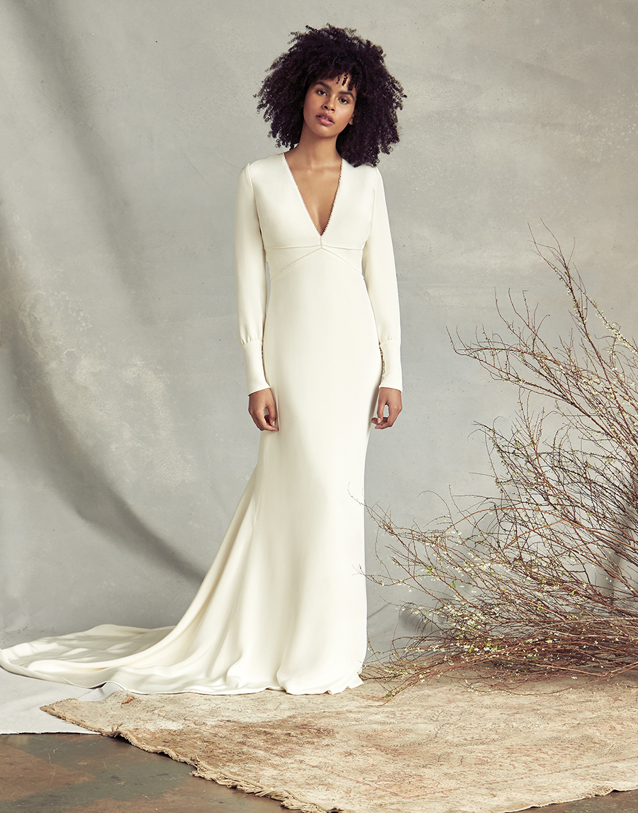 long-sleeved-wedding-dress