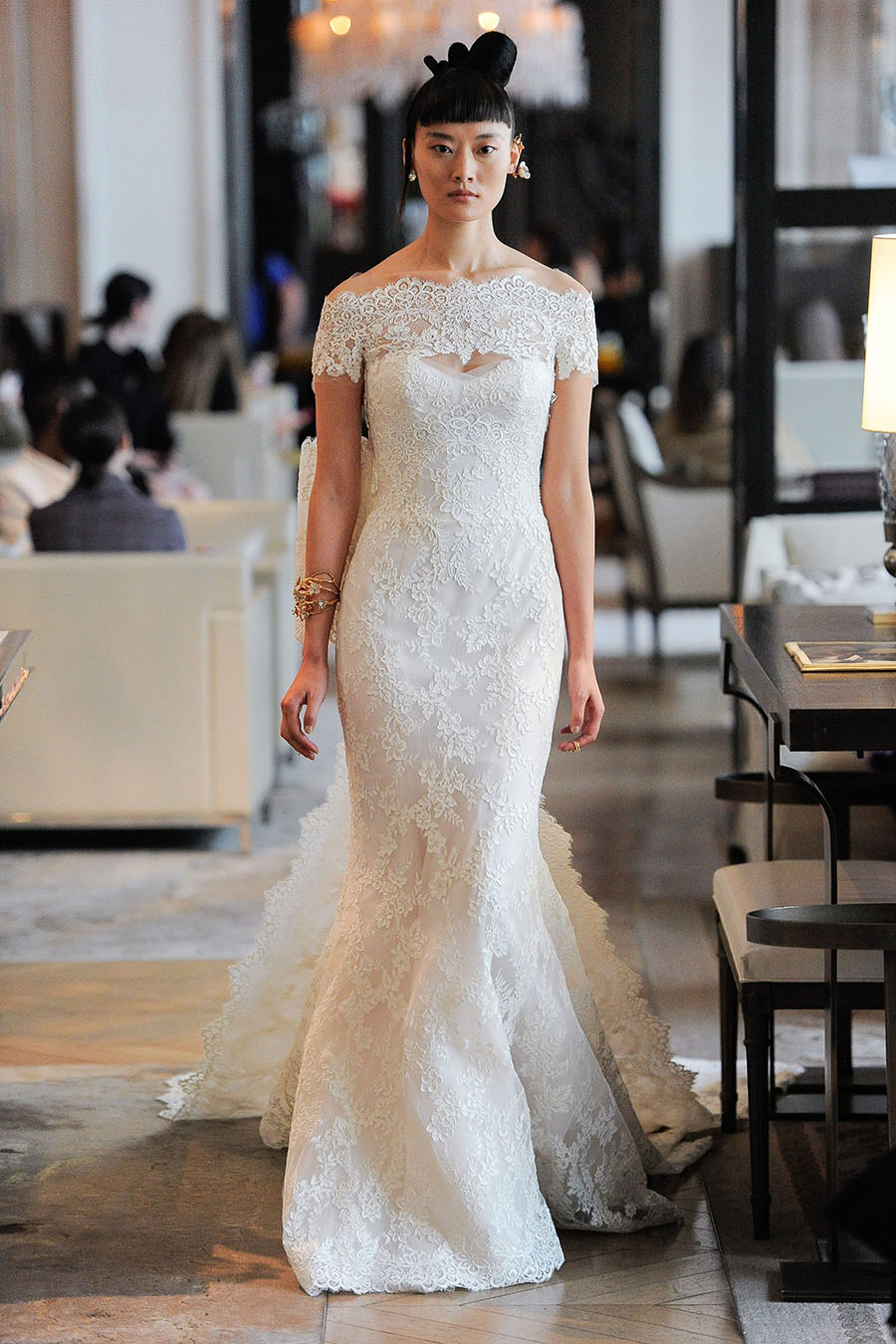 off-the-shoulder-boat-neck-lace-wedding-dress