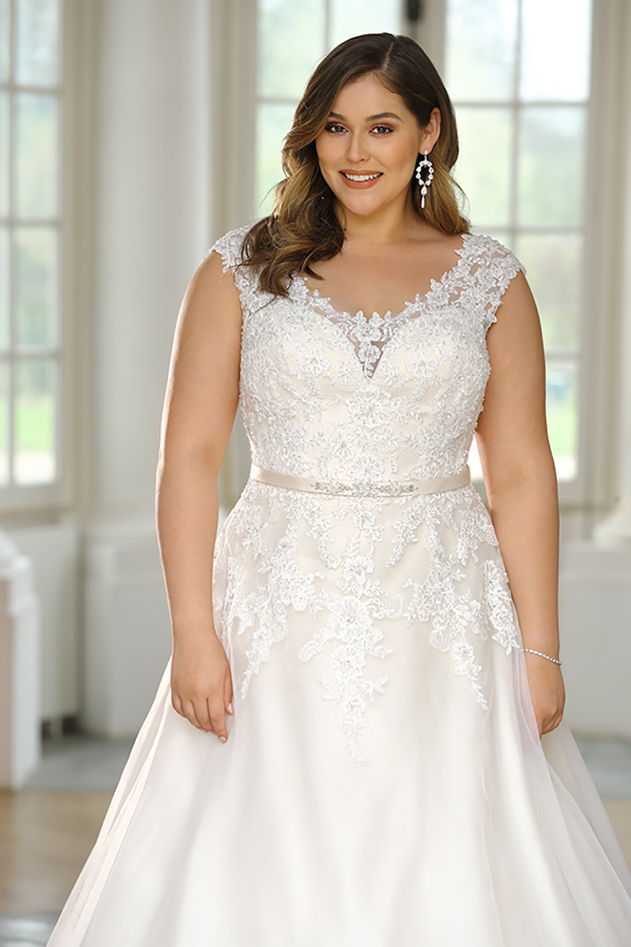 wedding-dress-for-curvy-brides