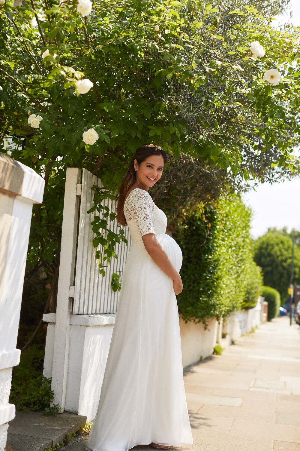 Maternity Wedding Dresses: The Best Dresses for Pregnant Brides
