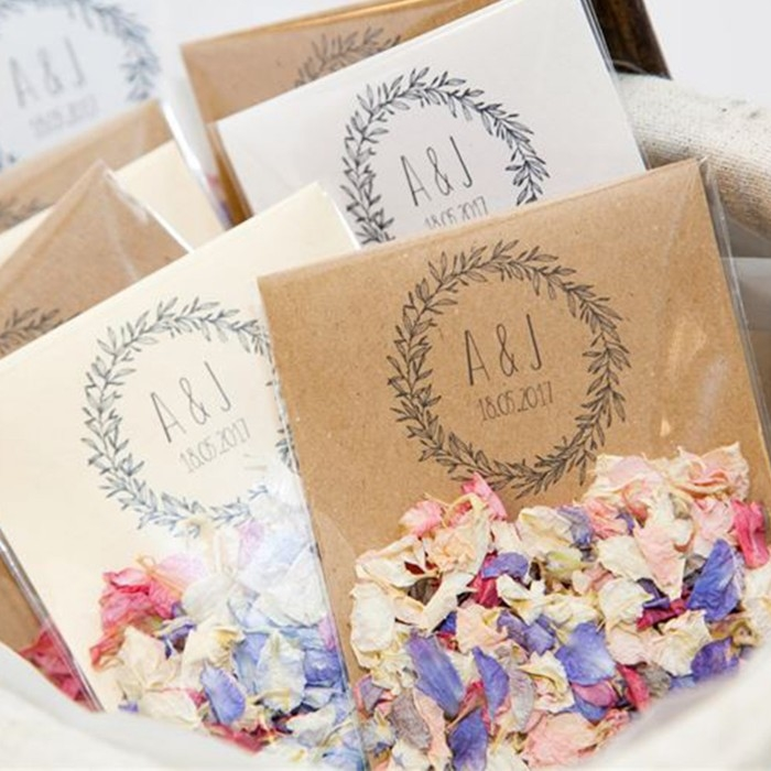 confetti-envelopes-personalised