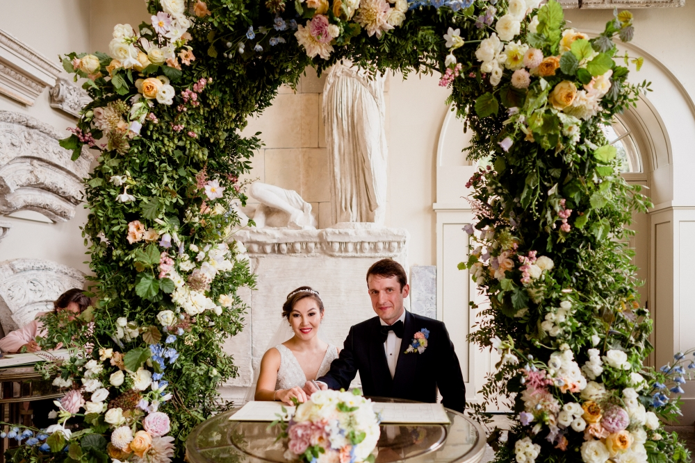 flowers-for-stately-home-wedding-venues