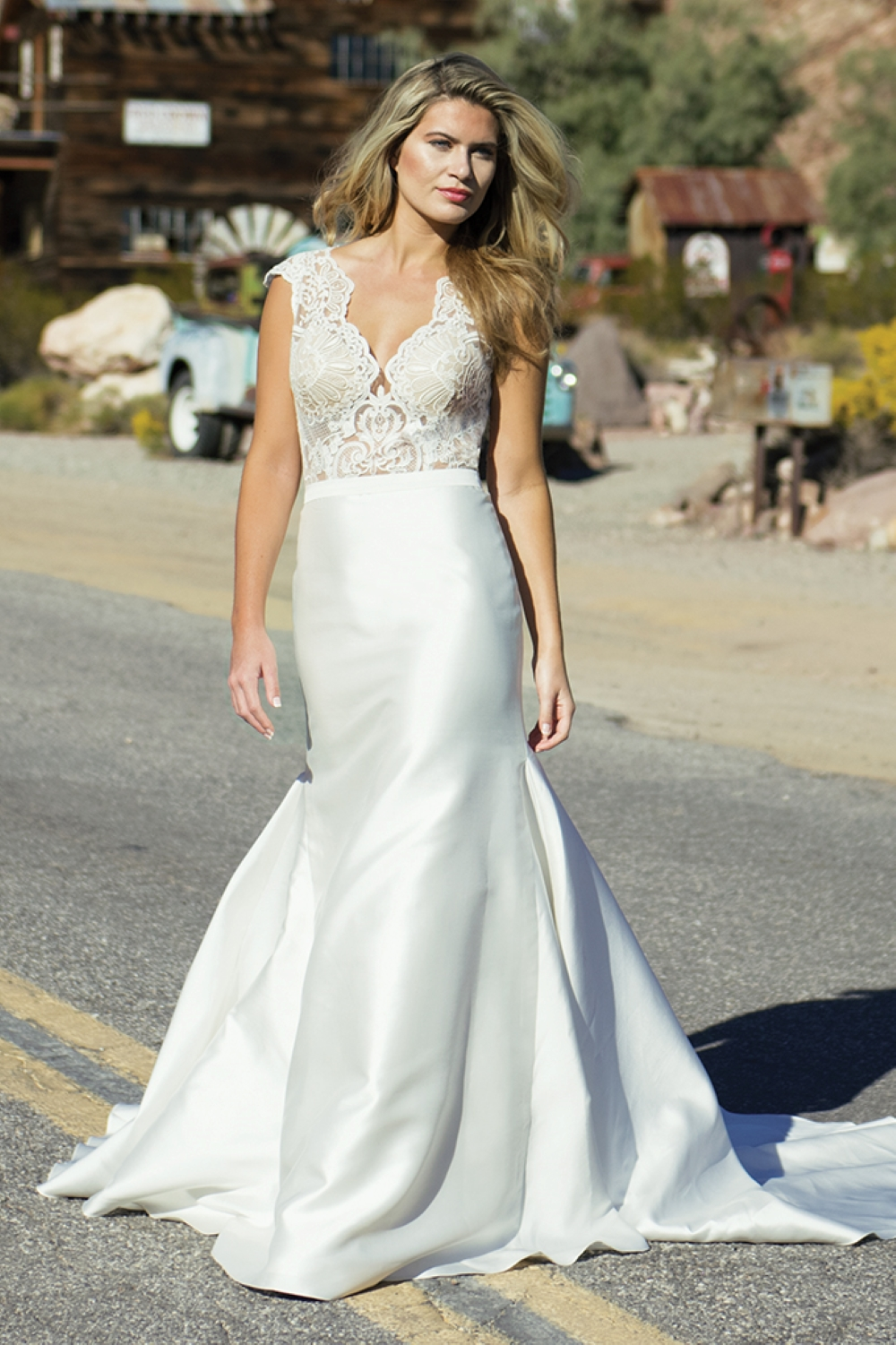 wedding-dress-with-low-neckline