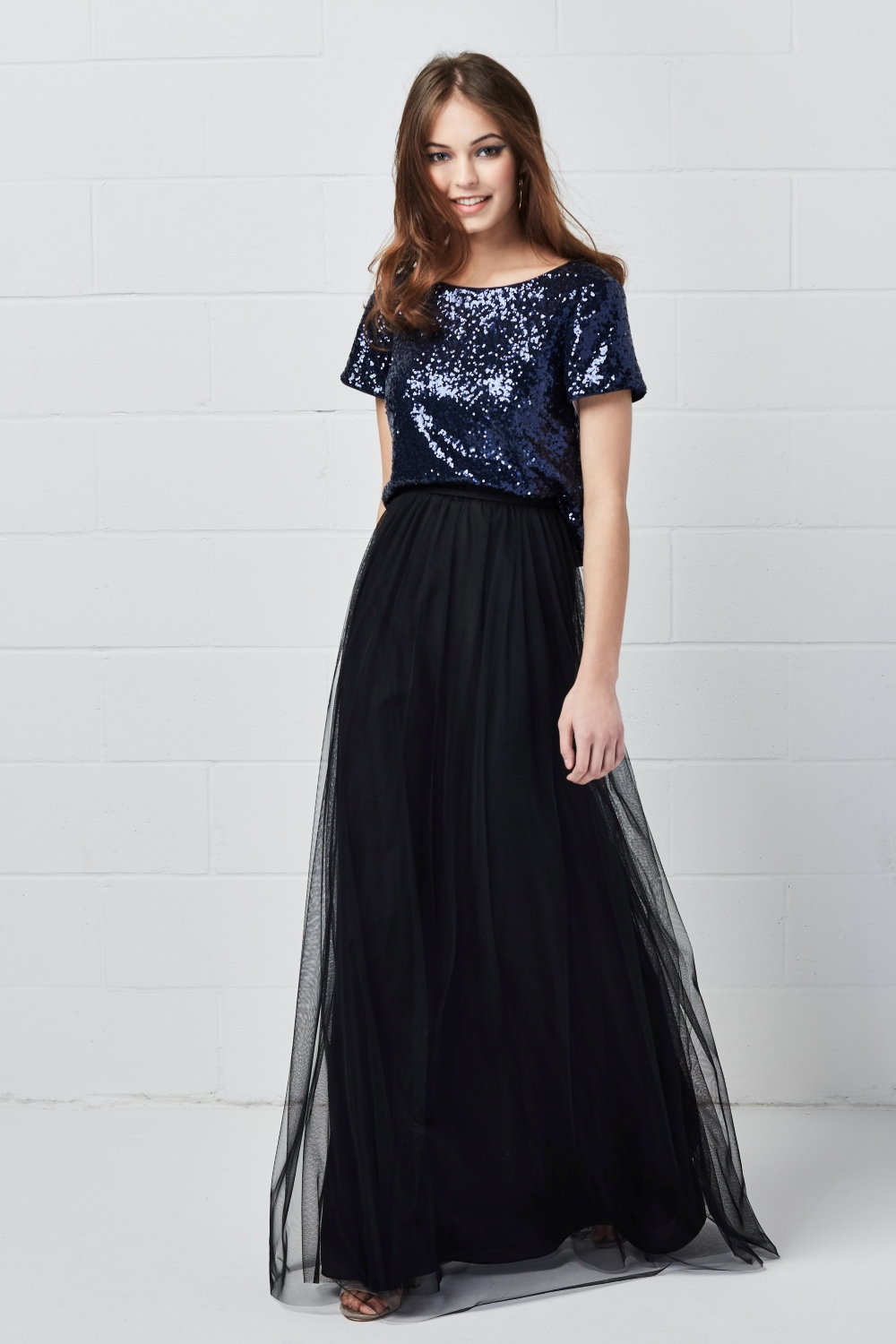 sequin-bridesmaid-dress-for-winter-weddings
