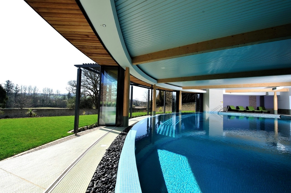 spa-pool-in-cornwall
